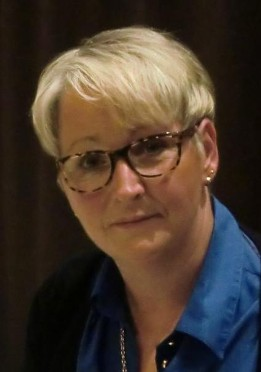 Steffen Staiger Sitzungspräsident. <b>Ulrike Vollmer</b> - Portrait-Uli